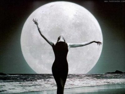 mujer-luna_esta